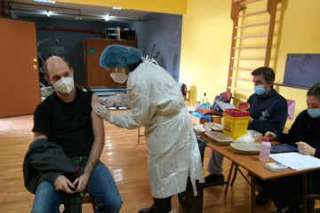 Εμβολιασμός ωφελουμένων ΑμΕΑ και προσωπικού Κέντρου Μέριμνας